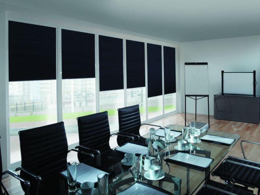 10 razones para usar persianas enrollables para oficina en Mérida