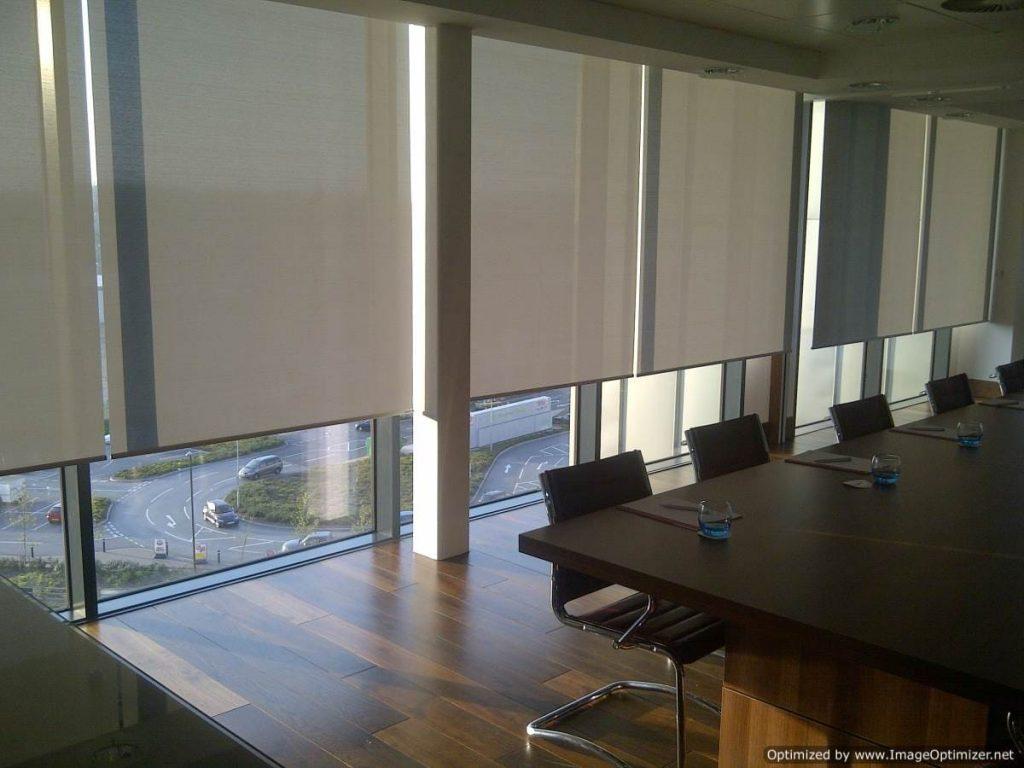 cortinas y persianas enrollables en merida para oficinas y empresas